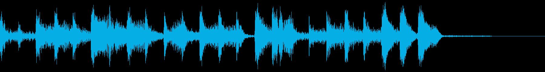 エレクトロで不気味な雰囲気のあるジングルの再生済みの波形
