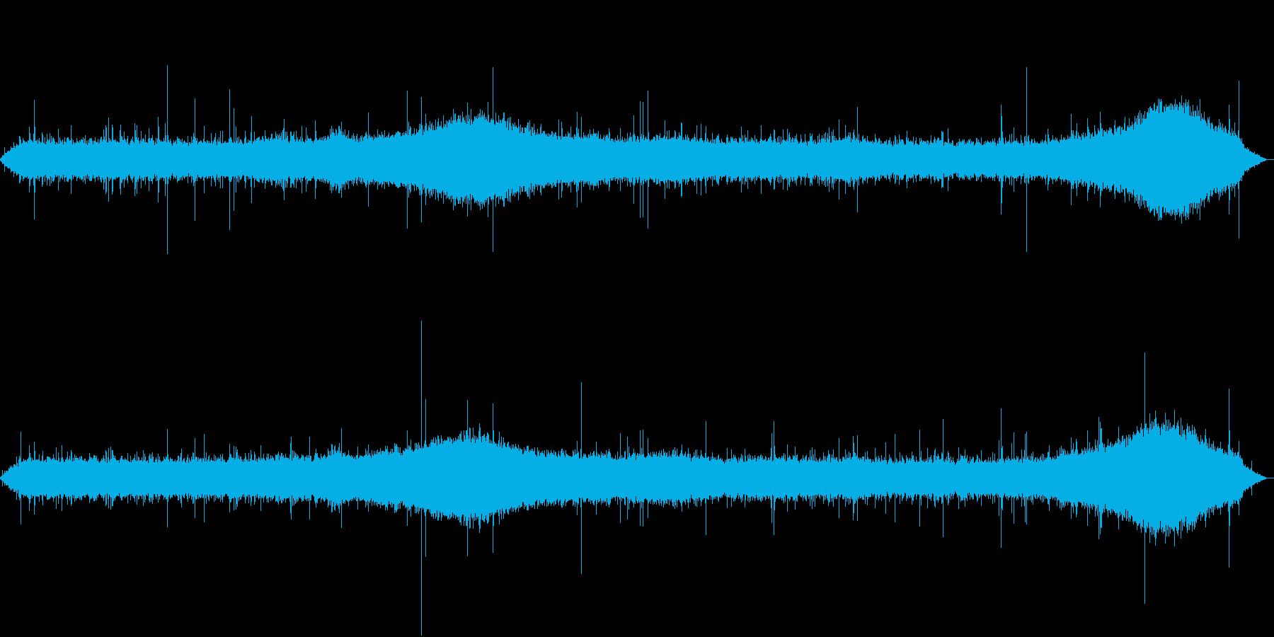 【生録音】朝の通勤時間帯 雨の音 2の再生済みの波形