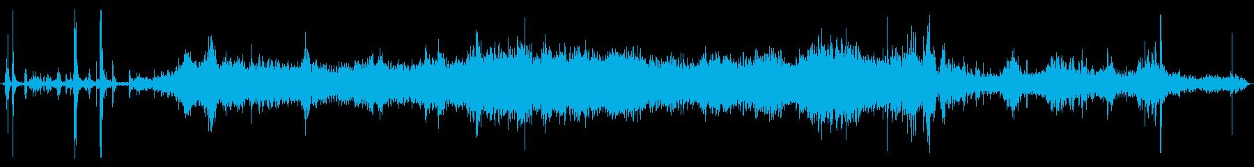 古いピックアップトラック:内部:ド...の再生済みの波形