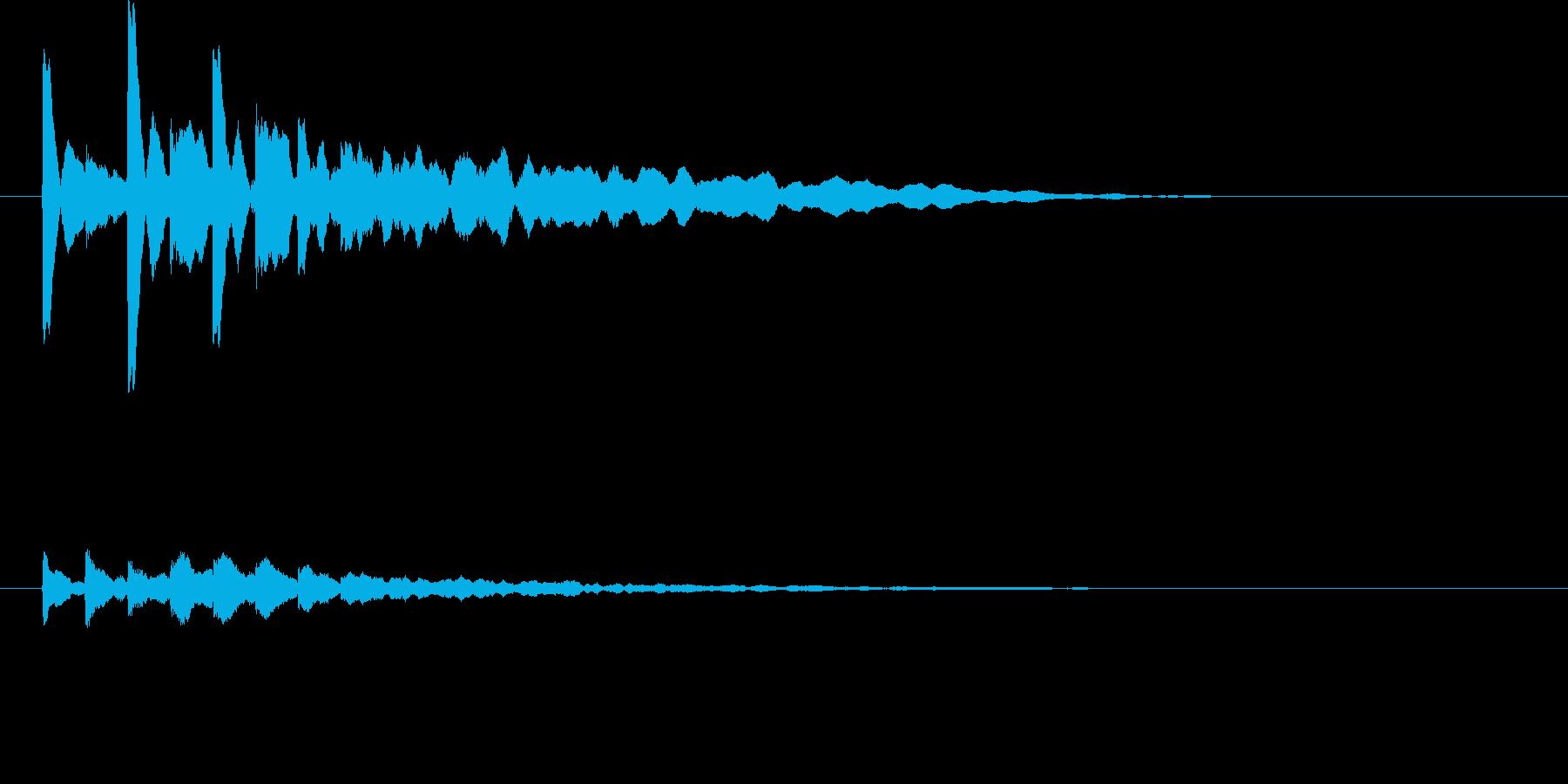 幾重にも輪を描き拡がる波紋の音の再生済みの波形