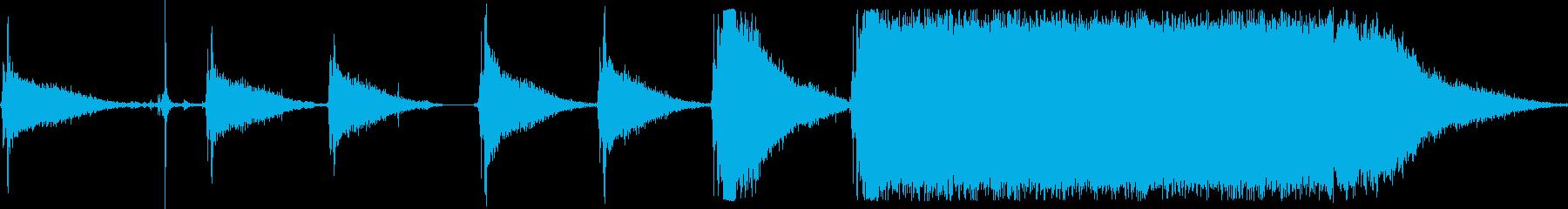 アプライアンスブレンダーのトップオフの再生済みの波形