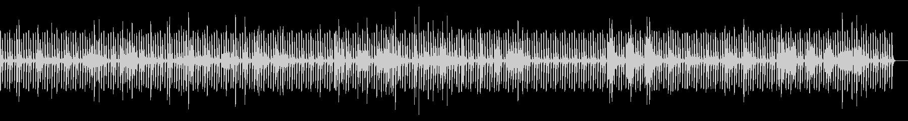反復的なピアノのリフは、奇妙な緊張...の未再生の波形