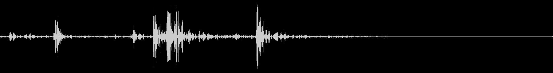 カシャ(シャッター音、タップ音などの未再生の波形
