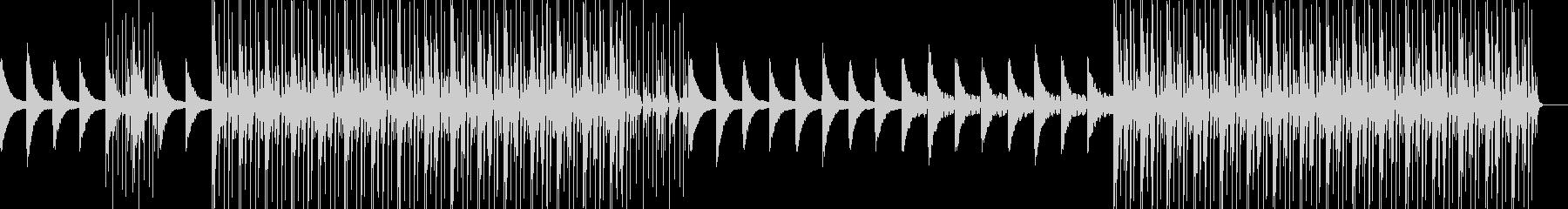 悲しげピアノ旋律の残響系テクノチルアウトの未再生の波形