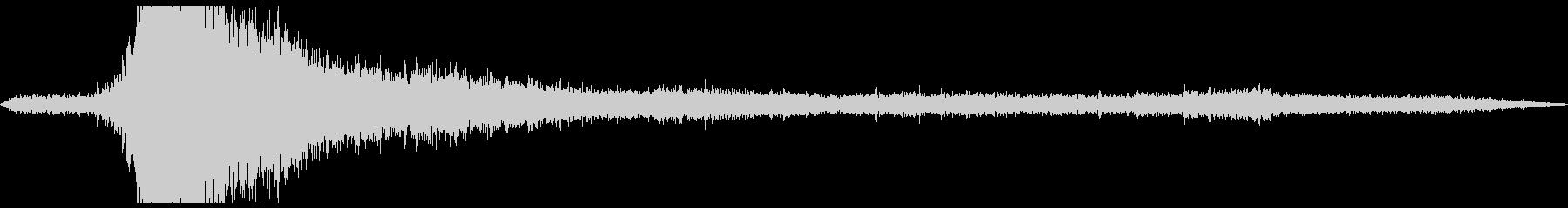 ドカーン 雷が轟く暴風雨の環境音の未再生の波形