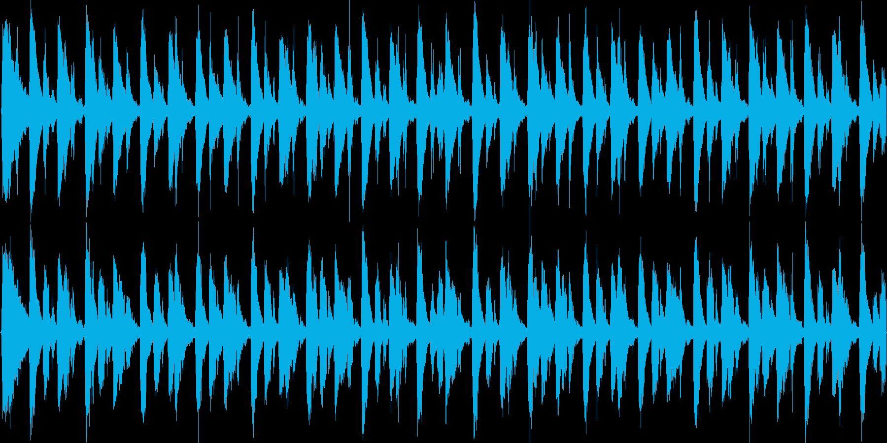 スタイリッシュなパーカッションテクノの再生済みの波形