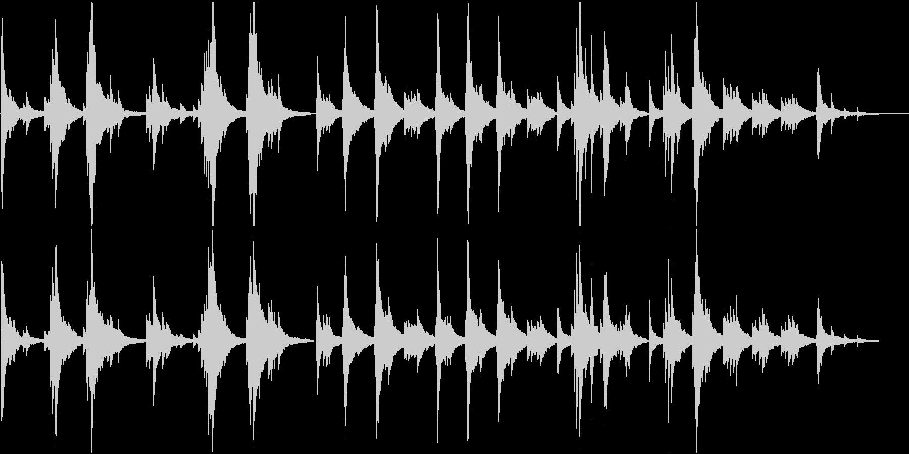 静かで切ないピアノソロの未再生の波形