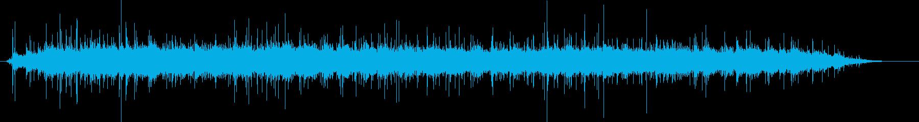 小屋内観客:クラシックコンサートホ...の再生済みの波形