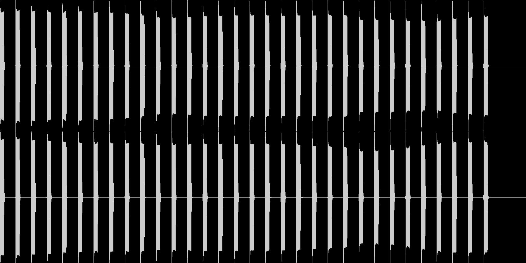 ピッピッピッ(心電図、電子音)の未再生の波形