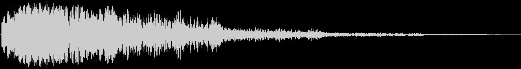 ピキーン(高い音と不気味な音が混ざったの未再生の波形