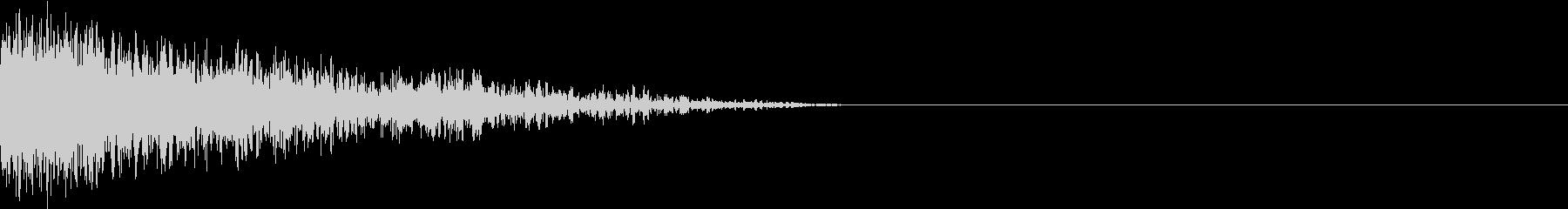 衝撃 金属音 恐怖 震撼 ホラー 32の未再生の波形
