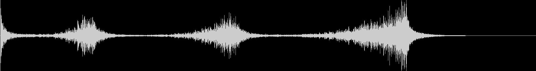 ティンパニ:アクセント付きロールEの未再生の波形