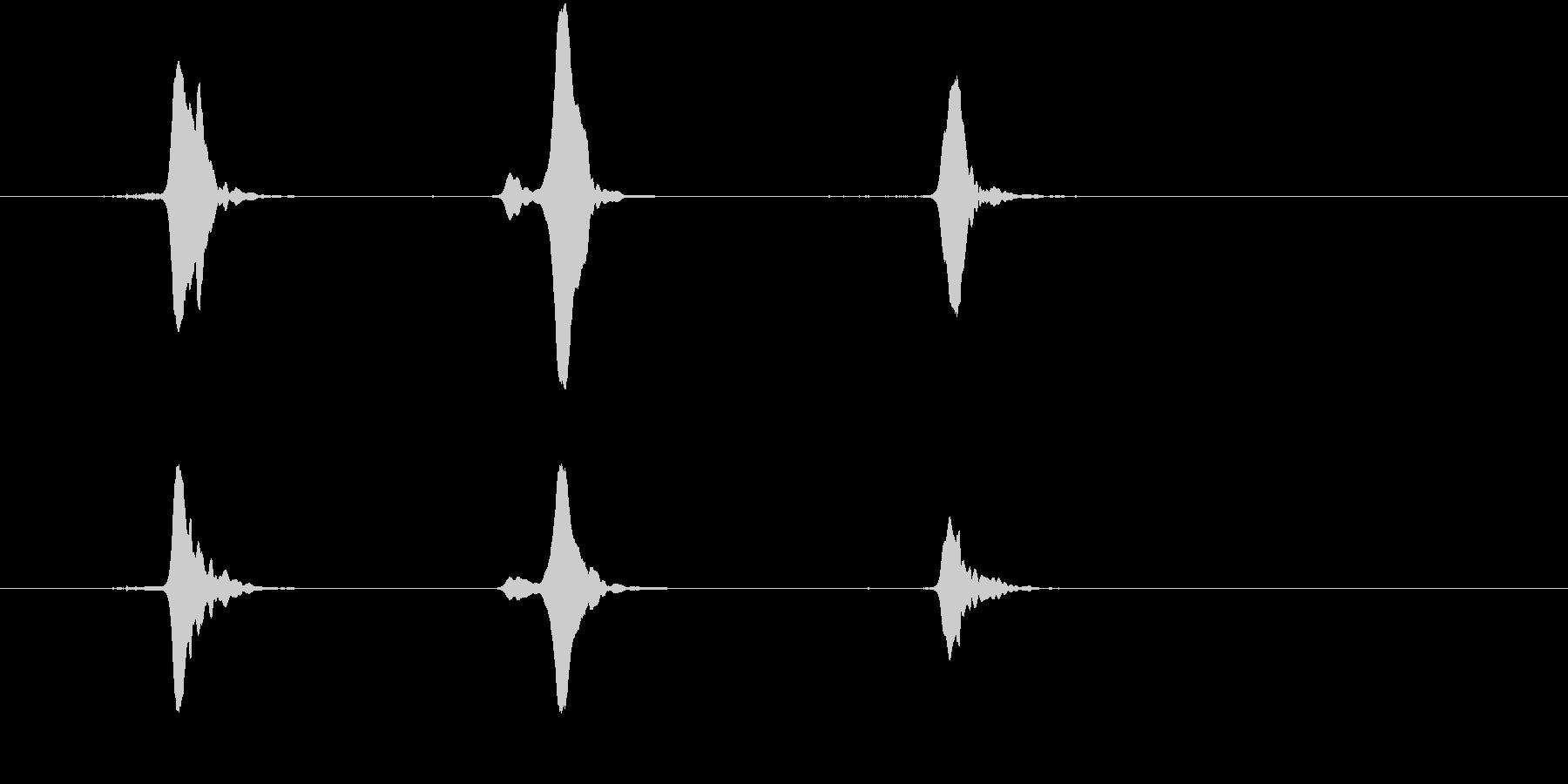 キイキイキイ(蛇口)の未再生の波形