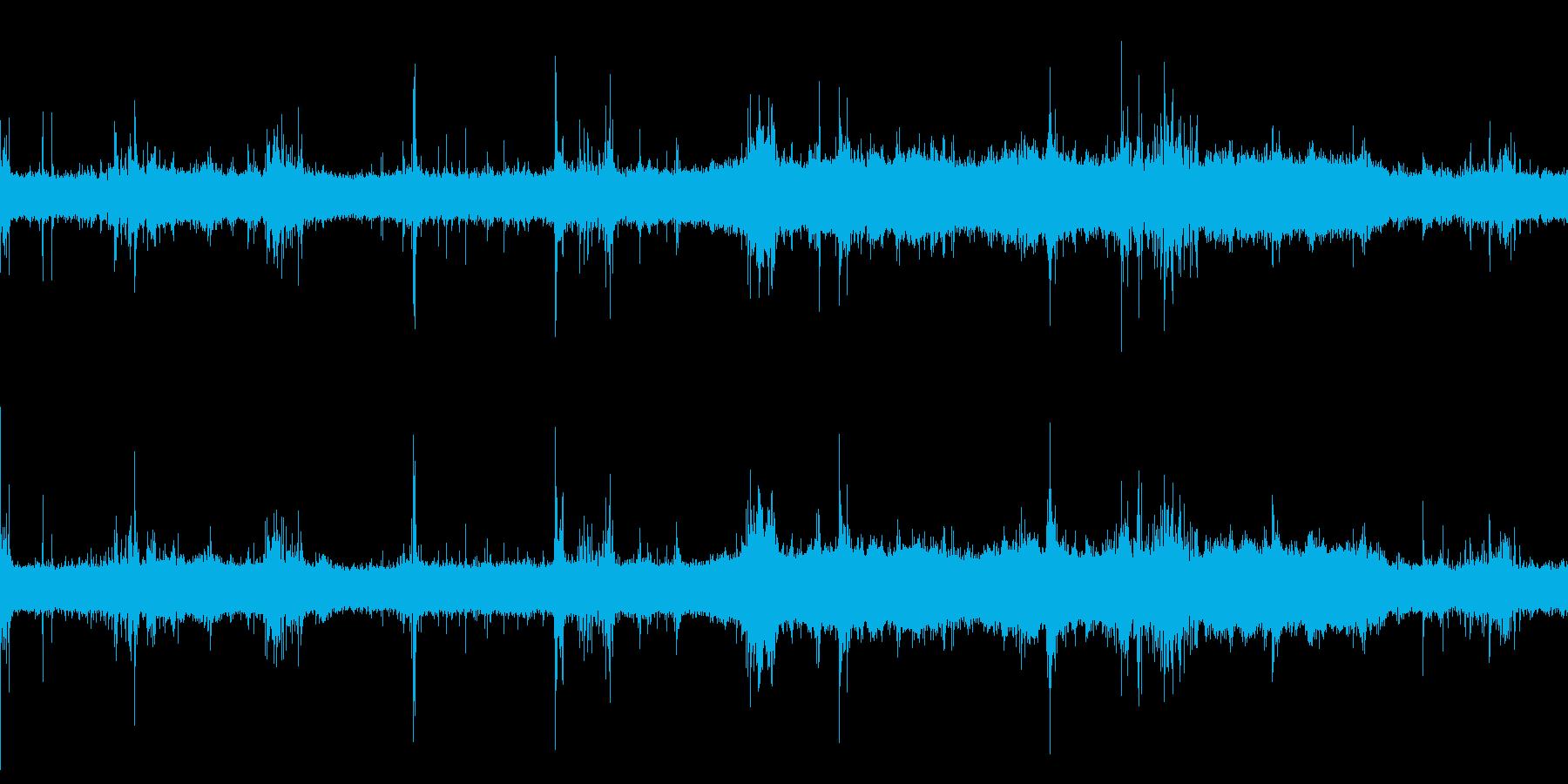 電車車内音(バイノーラル素材)の再生済みの波形