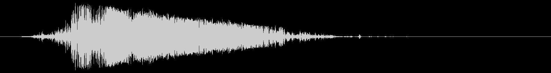 ブシュッ(格闘ゲームなどで使える斬撃音)の未再生の波形