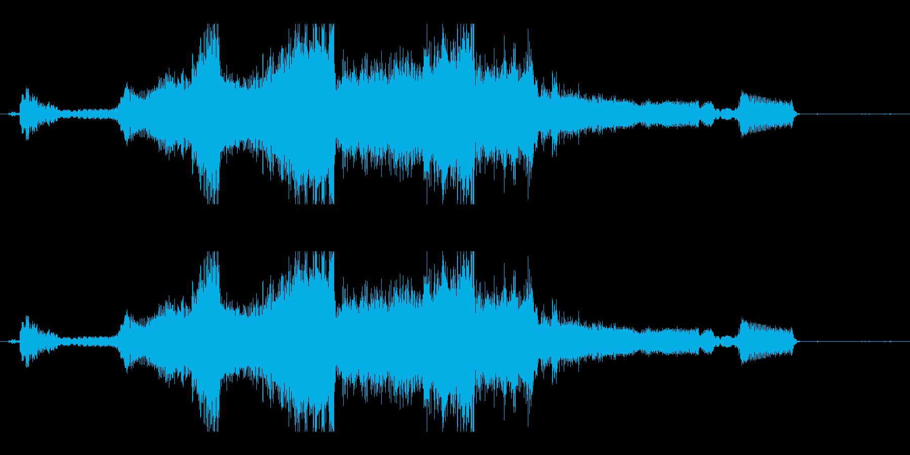 車 排気ポルシェカイエン01を加速の再生済みの波形