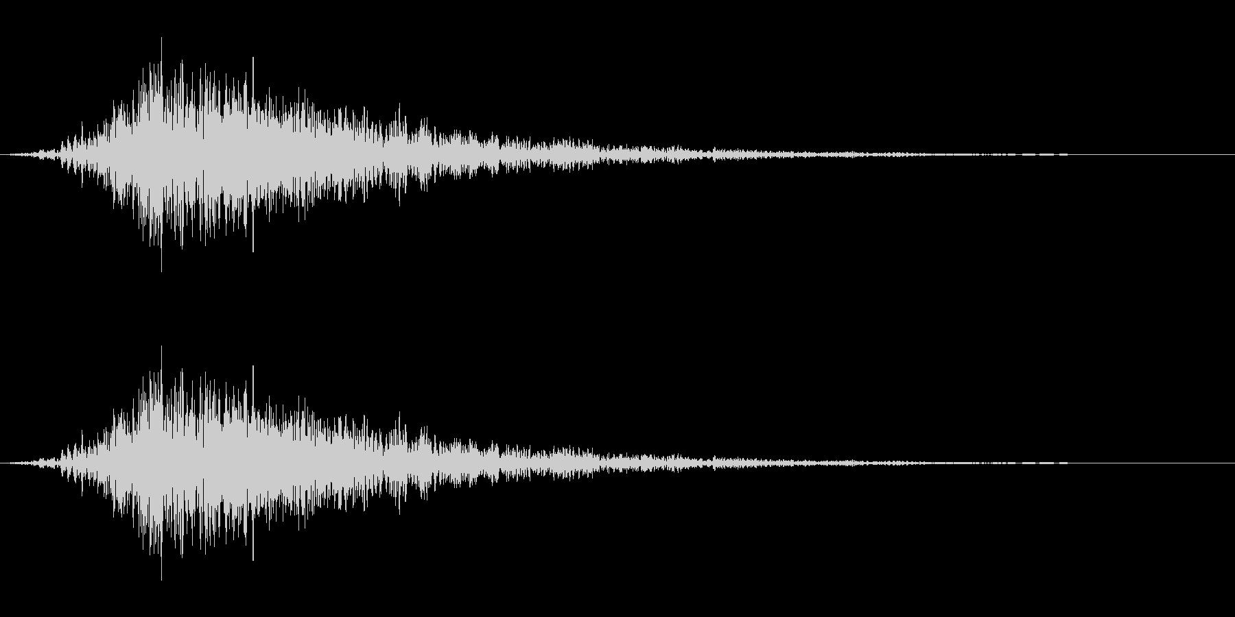 低音のロール音_サンダーボルトの未再生の波形