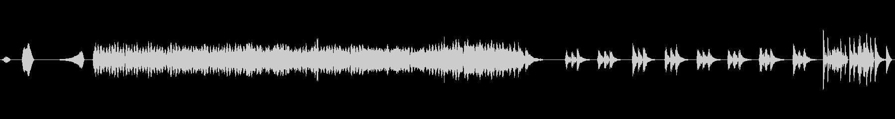 オルガンとピアノのアルペジオの紹介。の未再生の波形