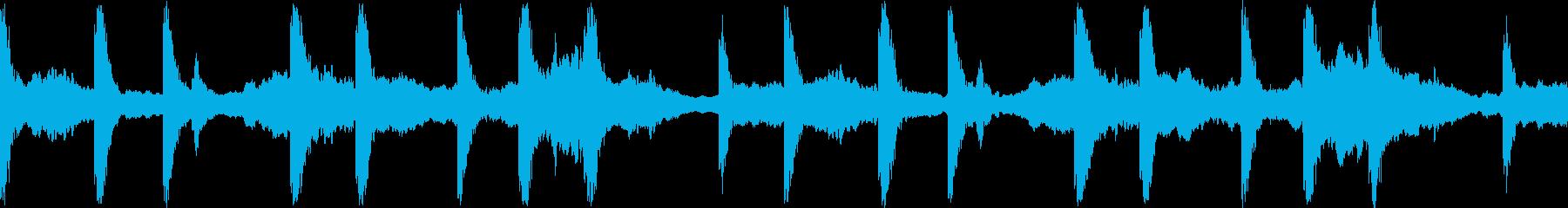 和風 洞窟での儀式の再生済みの波形
