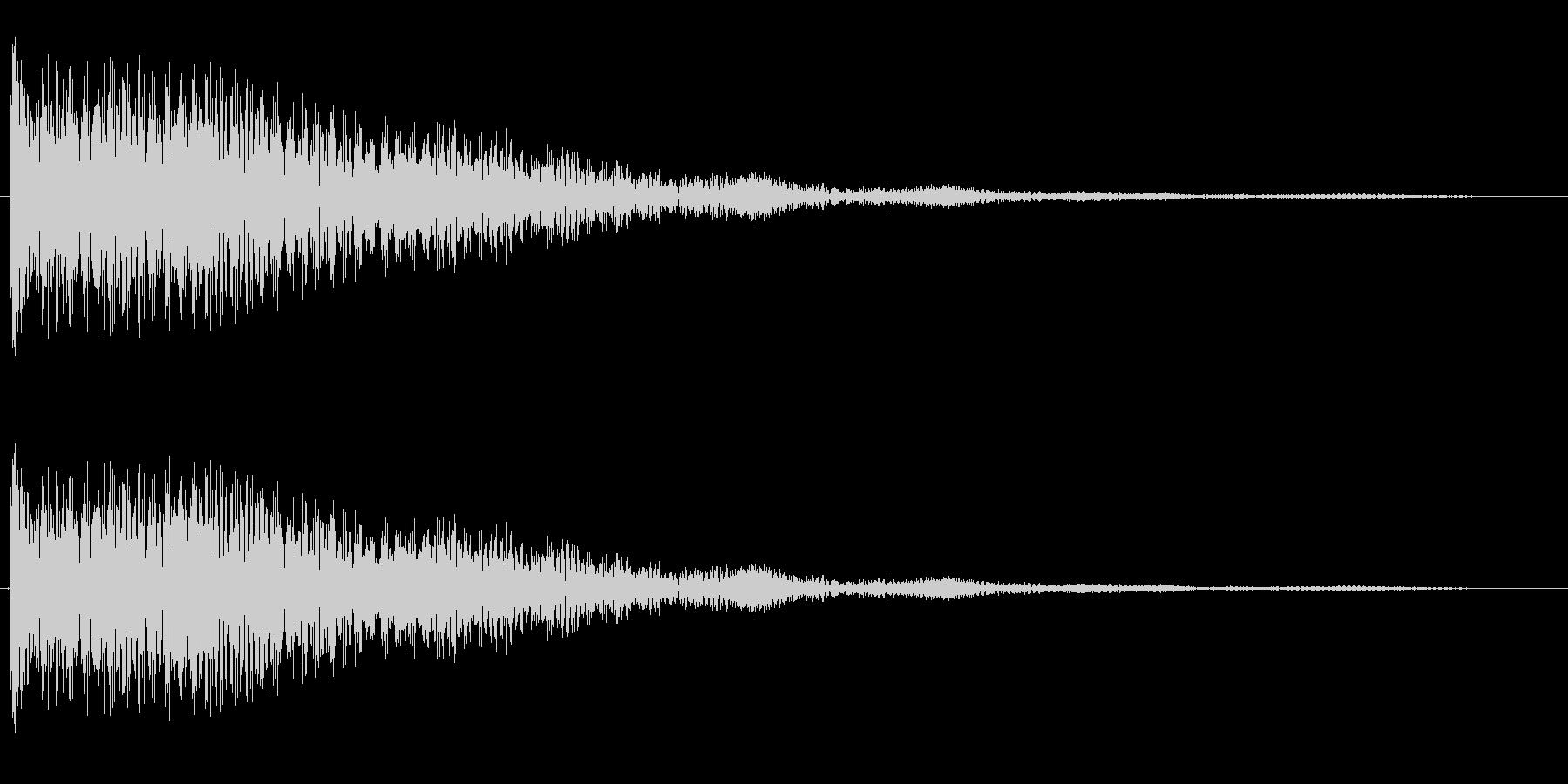 ゴ〜ン(鐘の鳴る音)の未再生の波形