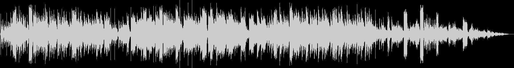 レトロなシンセ全開なテクノポップの未再生の波形