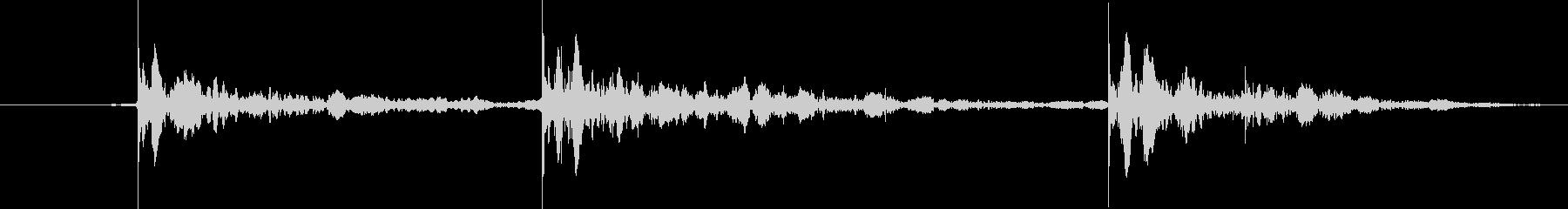 ヘビーバッグ:スリーパンチコンボ、...の未再生の波形