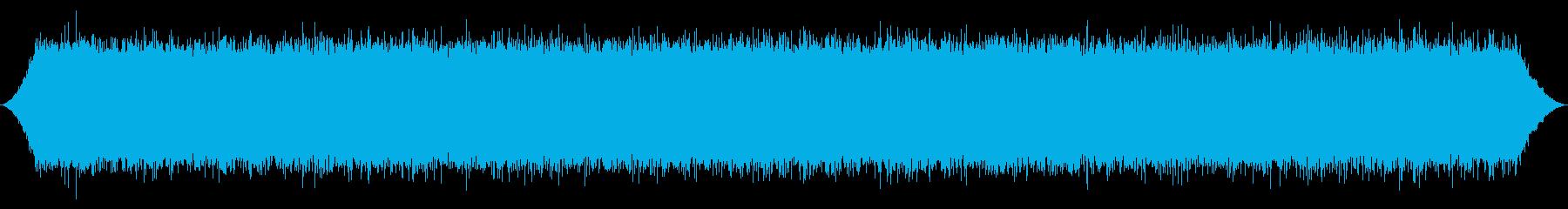 大きな滝:下流からの明るいRoとスプレーの再生済みの波形