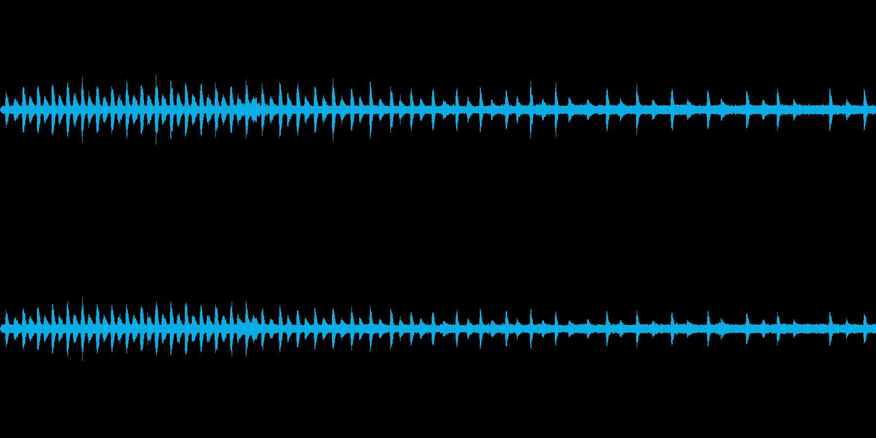 蒸気機関車停車中の再生済みの波形