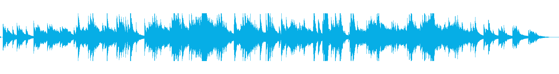 ピアノ、弦楽器、オーボエ、ベル、ハ...の再生済みの波形