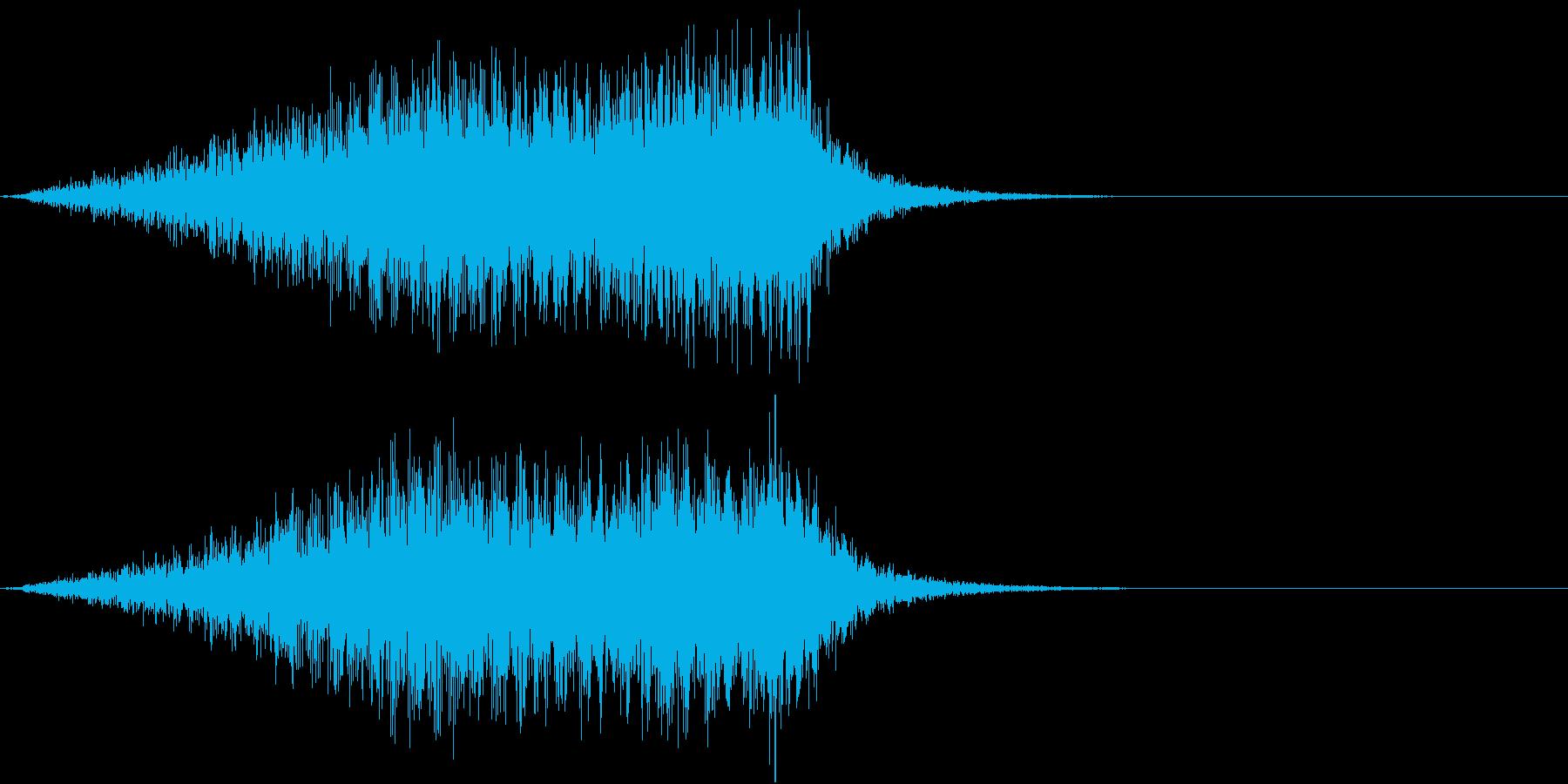 ホラー 近く 接近 恐怖 金属音 12の再生済みの波形