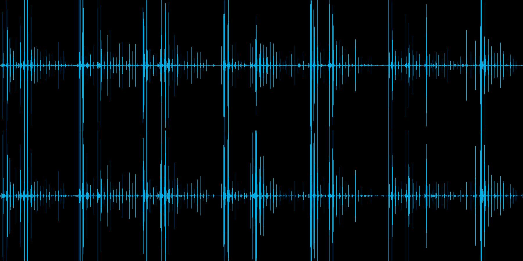 琥珀糖を食べるガリガリサクサクという音の再生済みの波形