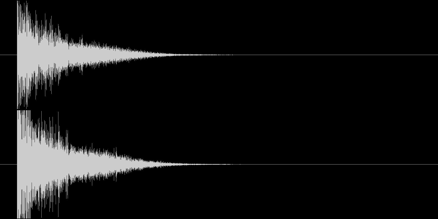 旧式の大砲発射音の未再生の波形