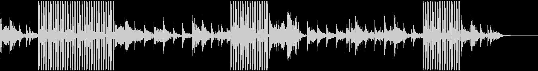 見えない力に導かれる様子のサウンドの未再生の波形