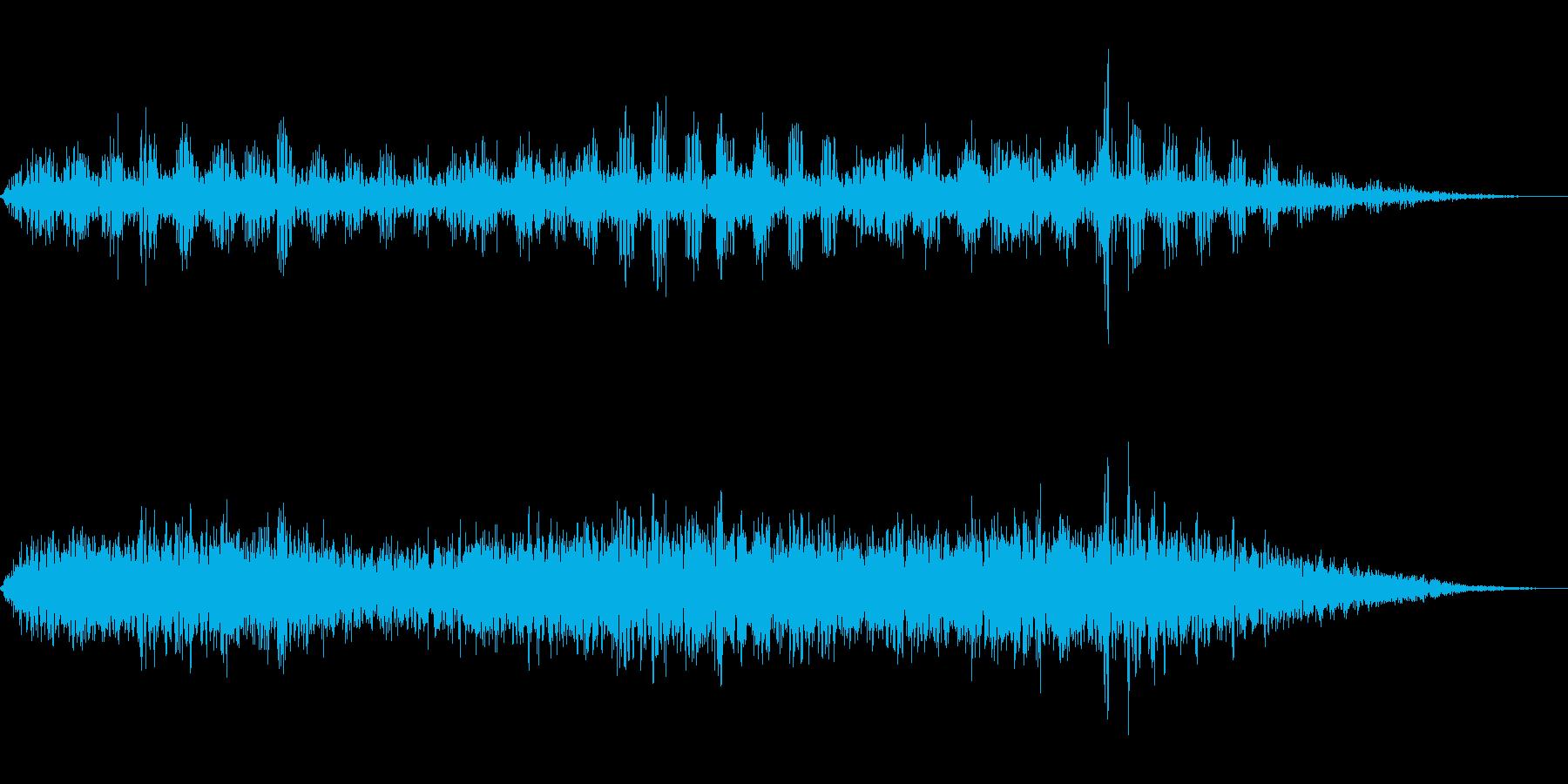 交信ノイズの再生済みの波形