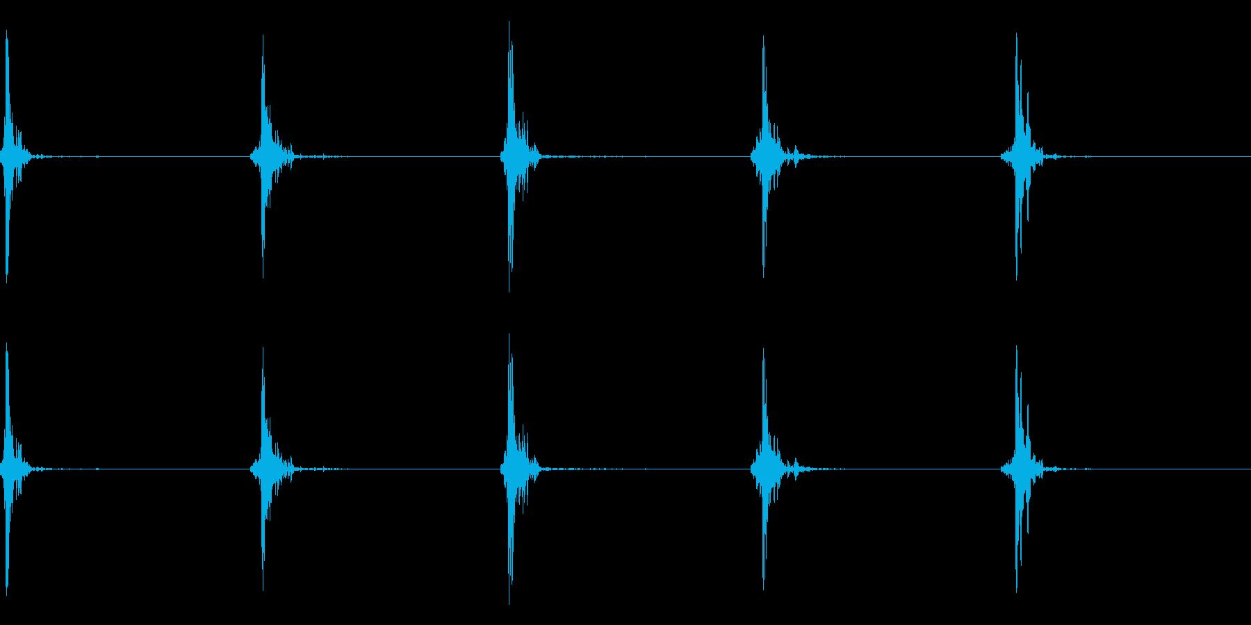 神楽鈴(小)を手に当てて鳴らした音の再生済みの波形