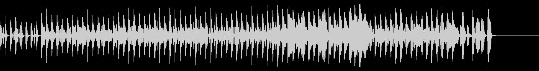 マーチ感のあるドラムと木琴の行進曲の未再生の波形