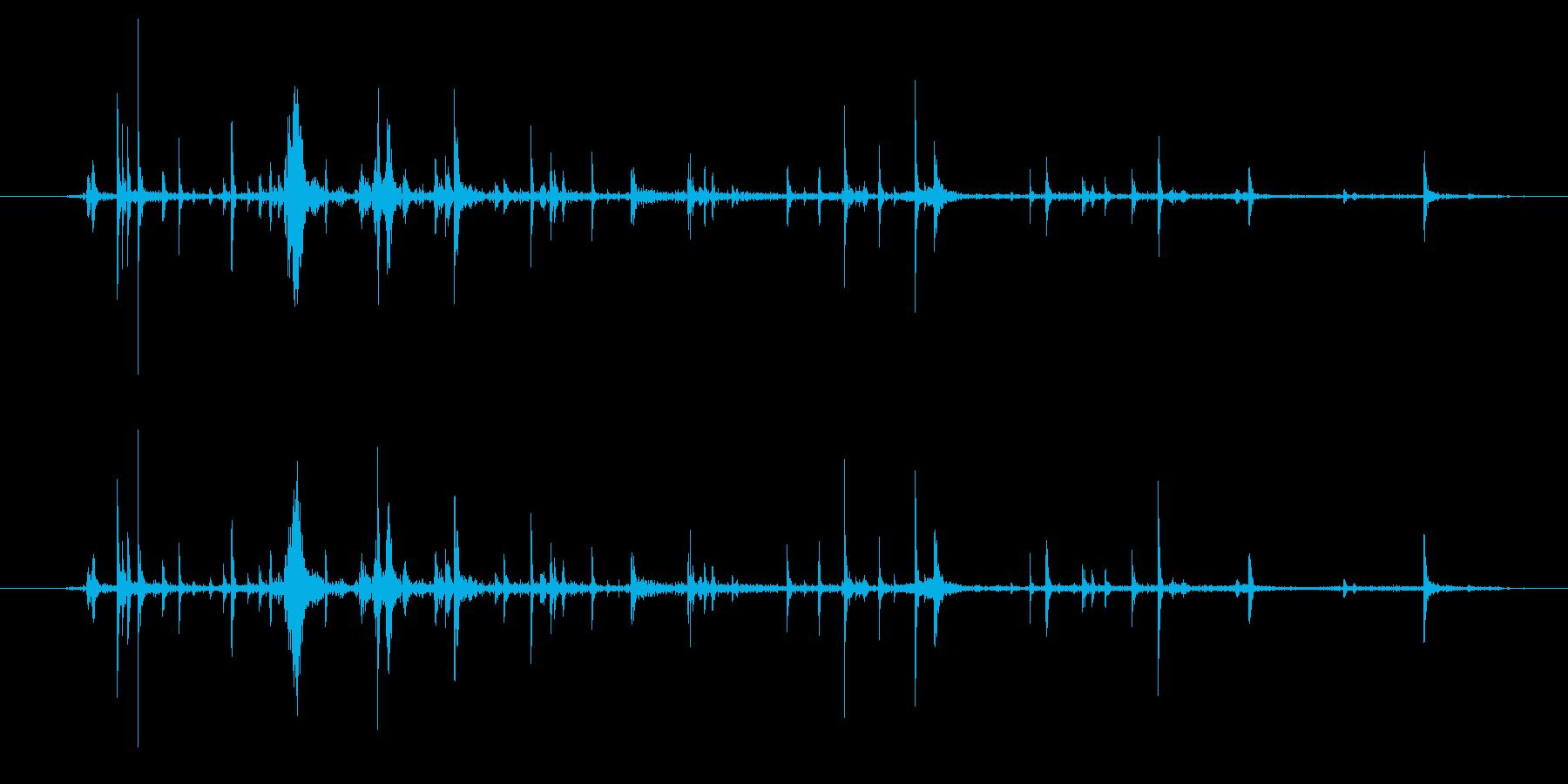段ボールのシリアルボックス:インナ...の再生済みの波形
