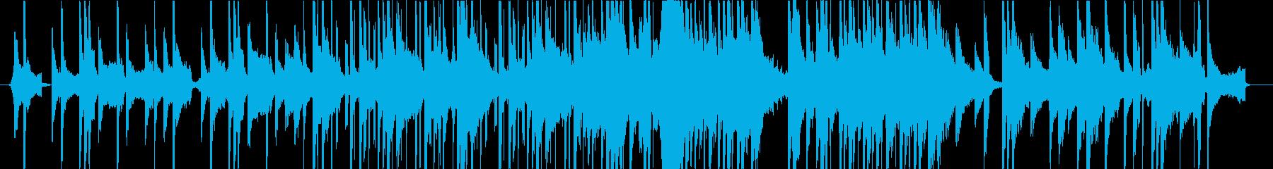 少し不思議なピアノとビートの再生済みの波形