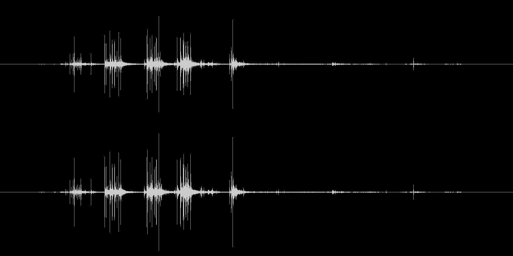 ビリビリ 布をさく音 破る音の未再生の波形