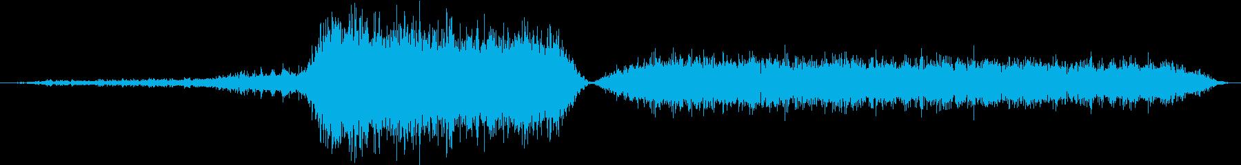 バイパー、サイのヒス、そして吸入。...の再生済みの波形