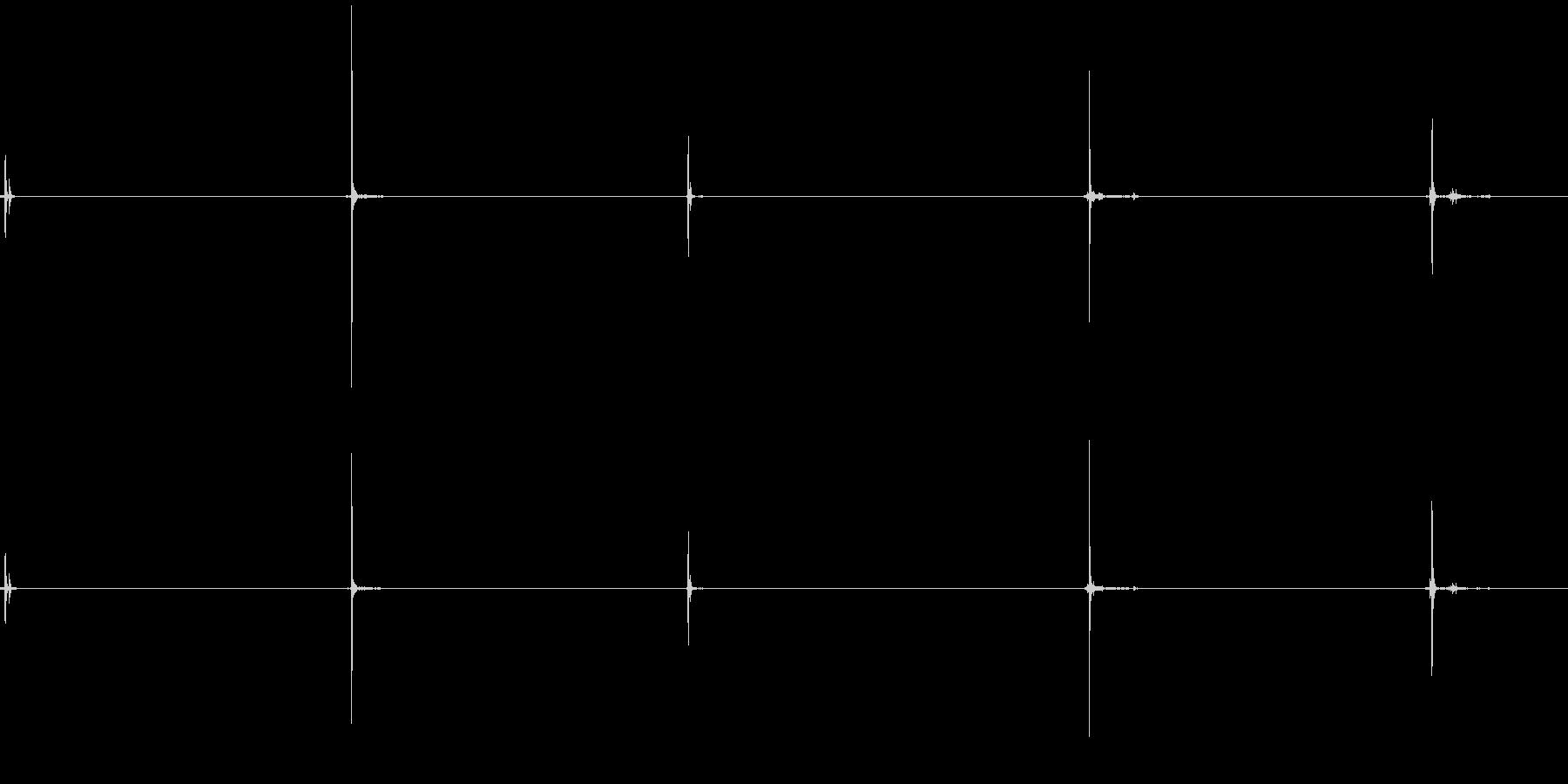 クリケット、グローブ、5つのバージ...の未再生の波形