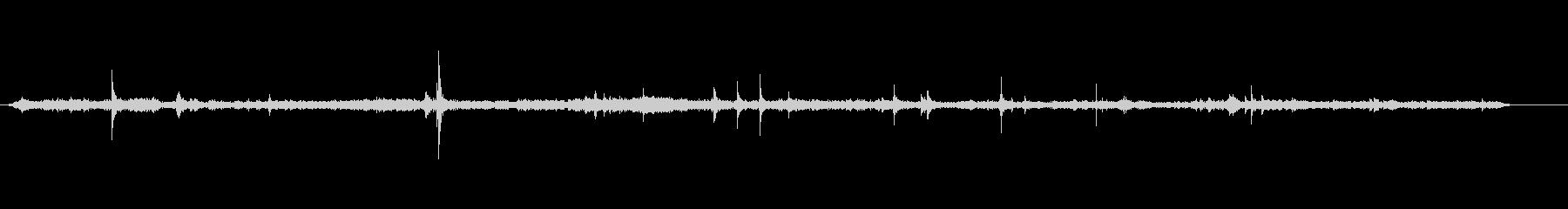 郵便局の声-外の交通音の未再生の波形