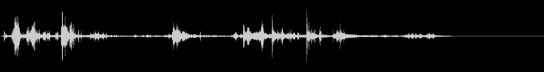 サンダー10;ミディアムクローズサ...の未再生の波形