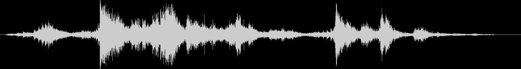 メタル クラッシュミディアム04の未再生の波形