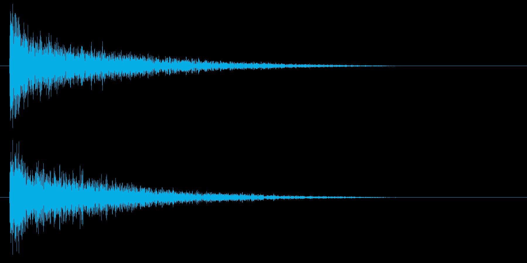 低レーザー、シマーを備えたインパク...の再生済みの波形
