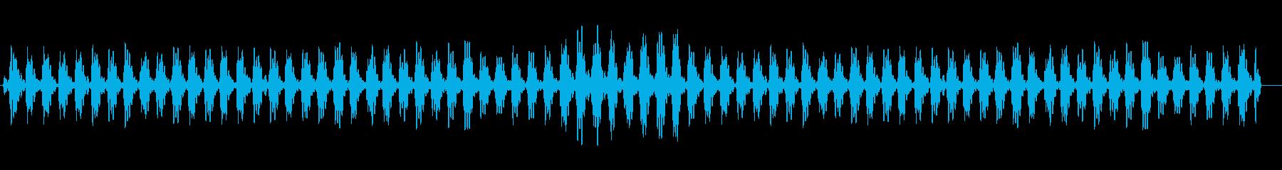 高原でアイドリングで信号待ちしている音の再生済みの波形