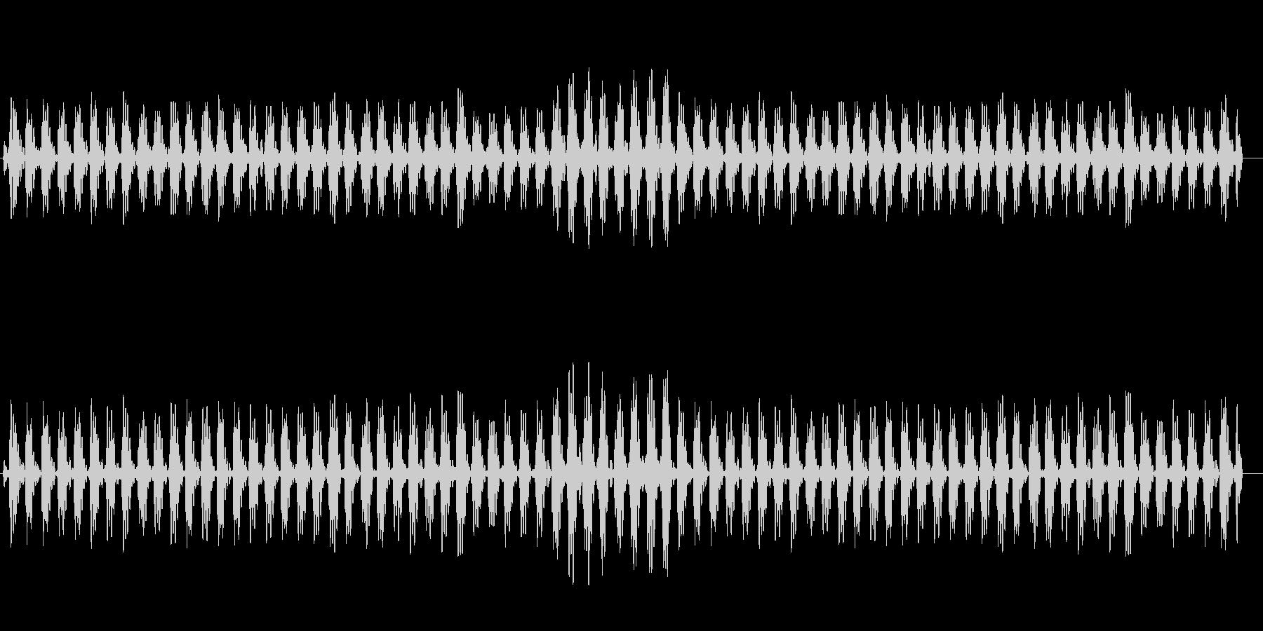 高原でアイドリングで信号待ちしている音の未再生の波形