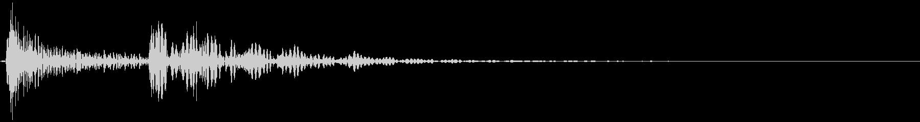 〖野球〗木製バットを落とす/転がす01の未再生の波形