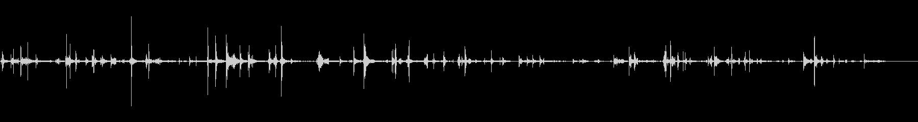 スニーカーのきしみ;プレイ中1の未再生の波形