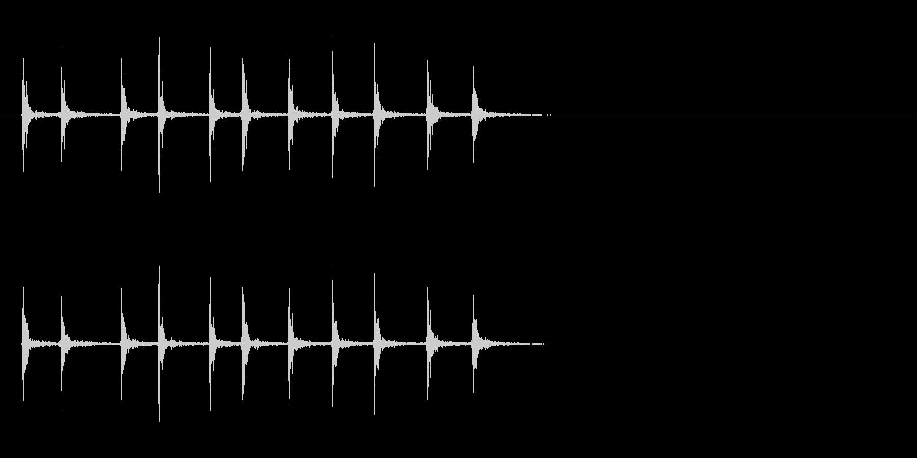 [生録音]カッターの刃を出す音02-遅めの未再生の波形